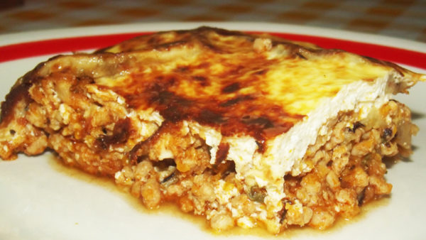 Ground meat & eggplant casserole (moussaka)