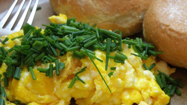 cook the perfect scrambled eggs recipe